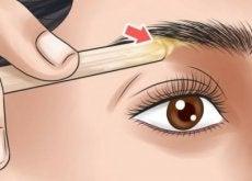 Cuide de suas sobrancelhas de acordo com a forma do rosto.