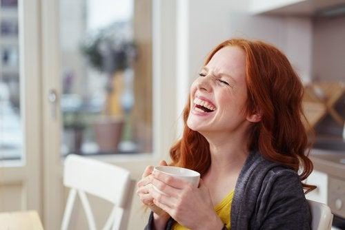 Mulher rindo