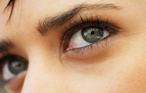 Olhos de linda aparência