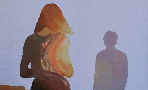 Quem faz de tudo para que o relacionamento funcione, pode caminhar sem remorsos