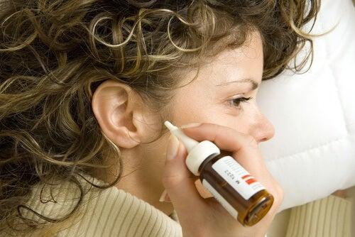 7 fórmulas naturais para eliminar a cera dos ouvidos