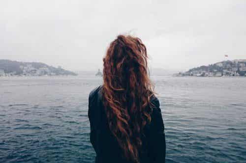 """Poucas coisas exigem mais coragem do que """"deixar ir"""""""