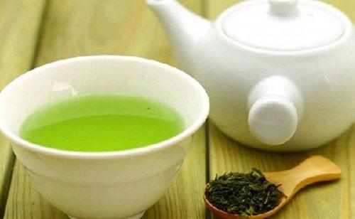 Chá verde para desinflamar o pâncreas e o fígado