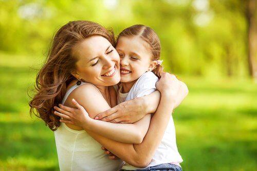 abraco-mae-e-filha