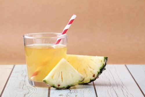 bebida-de-abacaxi-para-flora-intestinal
