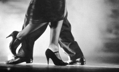 5 benefícios de dançar