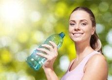 Plano detox de um dia para eliminar líquidos em poucas horas
