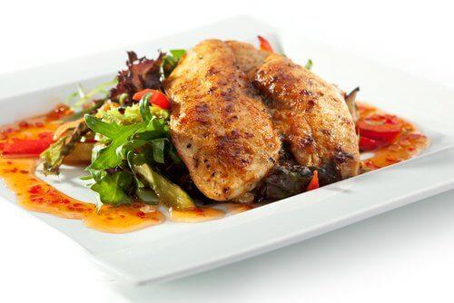 O frango não deve ser consumidos após a data de validade