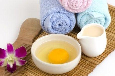 Máscaras de aloe vera para cada tipo de pele com ovo e iogurte