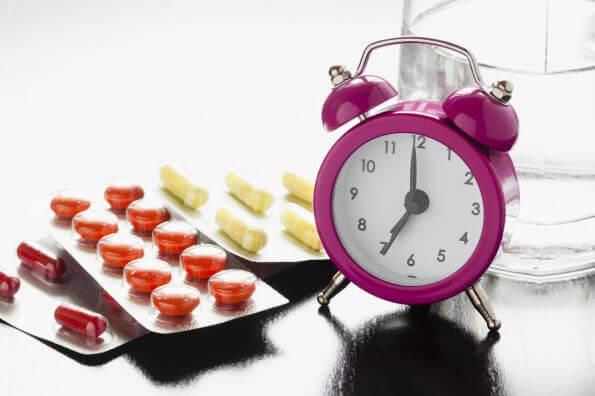 Alimentos e medicamentos que não devemos consumir juntos nunca