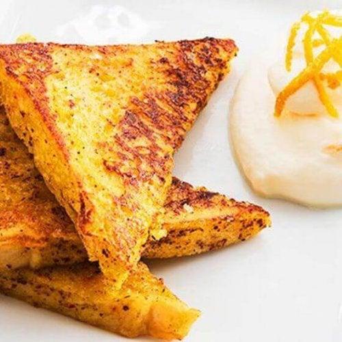 Café da manhã proteico à base de pão