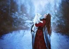 Quando Chapeuzinho enfrentou seus medos, ela vestiu pele de lobo