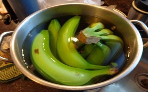 banana-verde-de-molho
