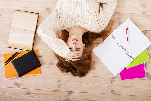 Não dormir o suficiente pode causar estresse e depressão