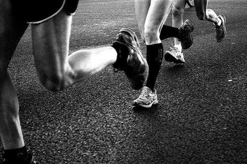 Fazer exercícios físicos diariamente pode ajudar a fortalecer seu sistema imunológico