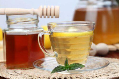 Vinagre de maçã e mel para problemas de sono