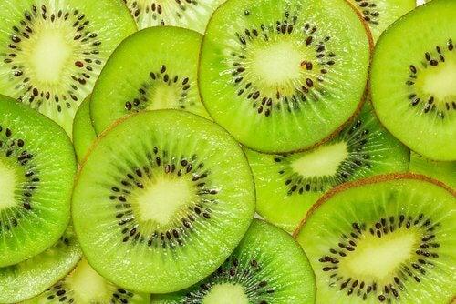 Kiwi é uma ótima fonte de vitamina C