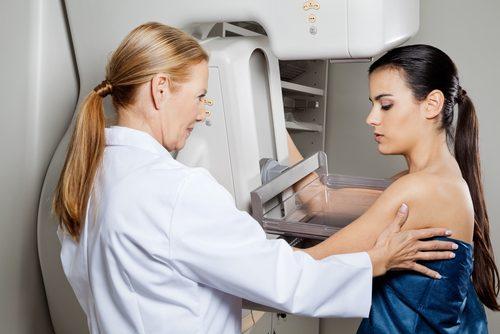 Paciente controlando câncer de mama