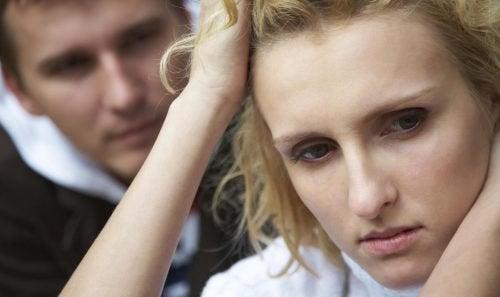 A desconfiança traz muitas consequências para o casal