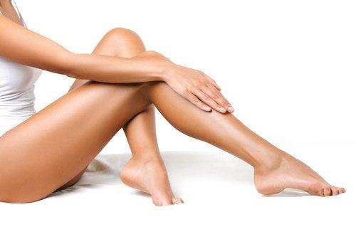 7 chaves para melhorar a circulação das pernas em 20 dias