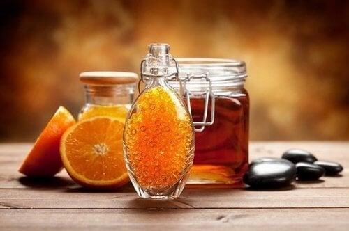 Laranja com mel e canela para pessoas com fibromialgia