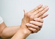 6 óleos para tratar a dor causada pela artrite