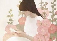 Mulher em meio a jardim de flores