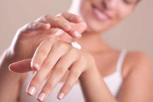 mãos de seda