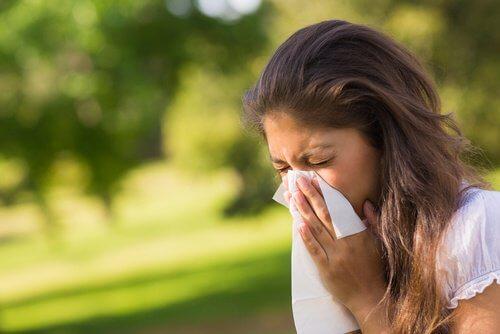 As alergias podem estar entre os sinais de que o fígado está intoxicado