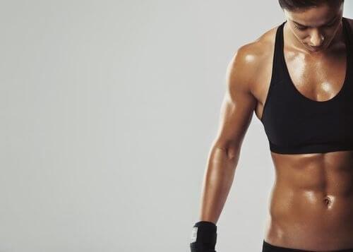 7 dicas para queimar gorduras e ganhar músculos com a alimentação