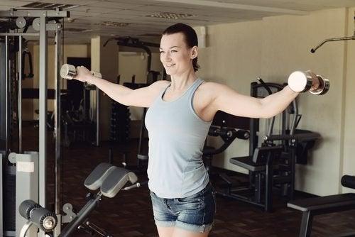 Halteres para fortalecer os braços