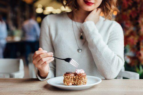 7 coisas que você deve evitar logo depois das refeições