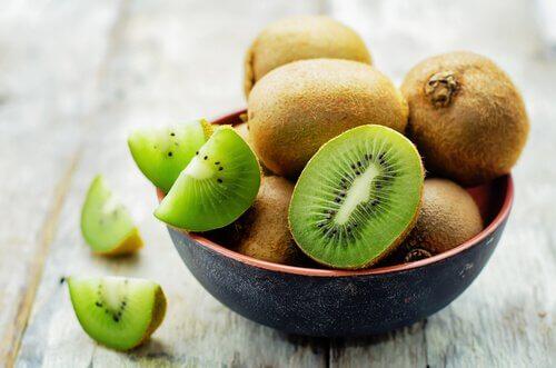 Frutas para prevenir a osteoporose