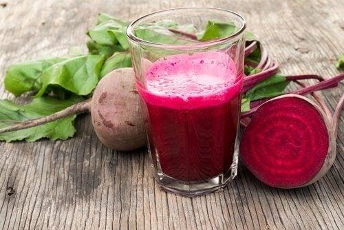 O suco de beterraba pode ajudar a melhorar a circulação sanguínea