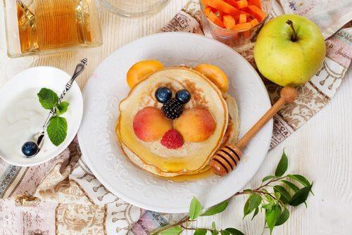 5 alimentos que você não deve dar aos seus filhos no café da manhã