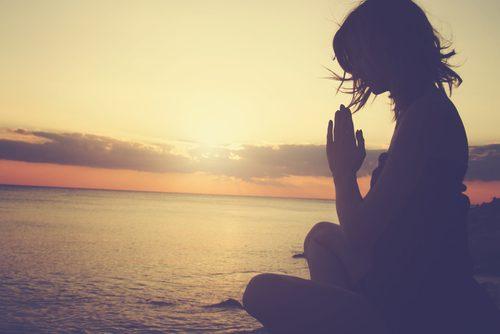 A meditação é uma das técnicas contra a ansiedade