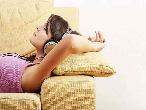 Como acalmar a ansiedade relaxando