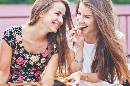 Amigos ajudam a manter a boa saúde cerebral