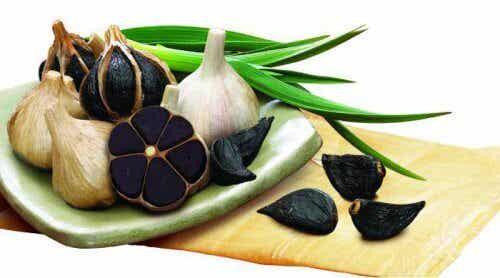 Os benefícios do alho negro