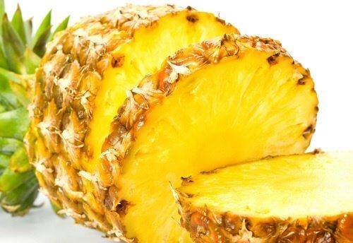 Abacaxi para tratar a prisão de ventre