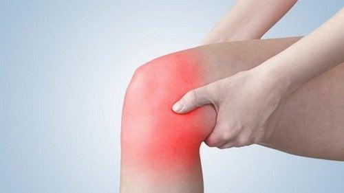 5 exercícios que ajudam a aliviar a dor no joelho