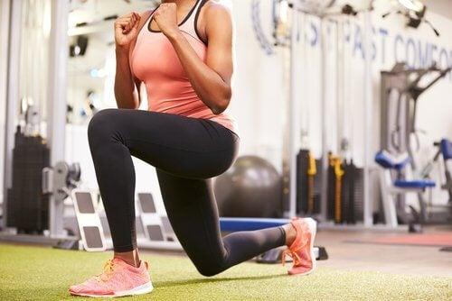 Mantenha seu corpo em forma com exercícios de lunges