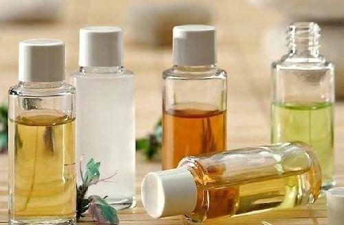 Limpe seu rosto com óleos naturais: quais utilizar e como?