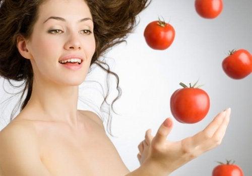 Motivos para comer tomates todos os dias