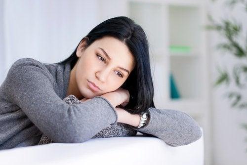 Como enfrentar os pensamentos negativos
