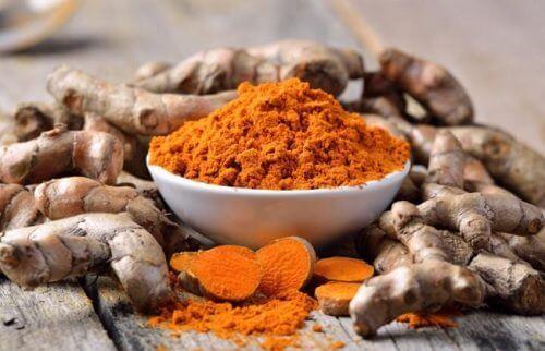 5 especiarias que ajudam a eliminar toxinas