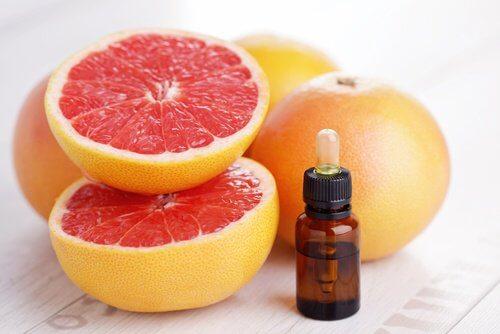 Extrato de semente de toranja para combater o herpes labial
