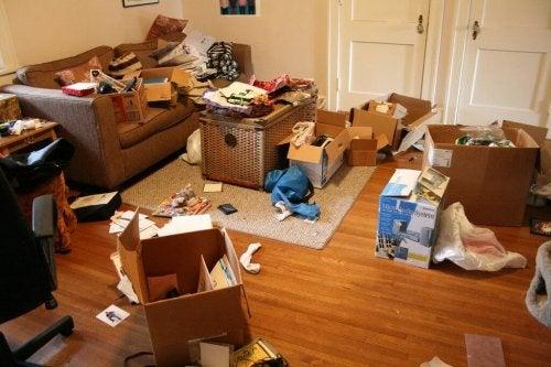 Como é possível manter a casa organizada?