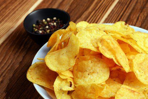 Evite o consumo de fritura para prevenir refluxo