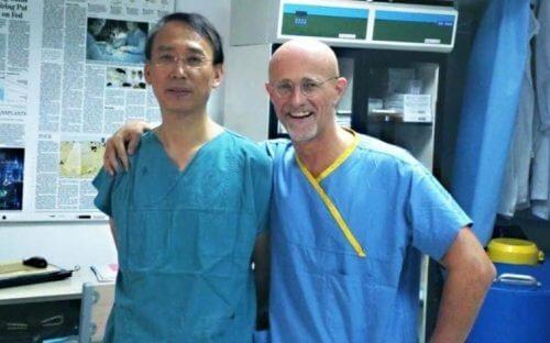 Médicos que relizarão transplante de cabeça